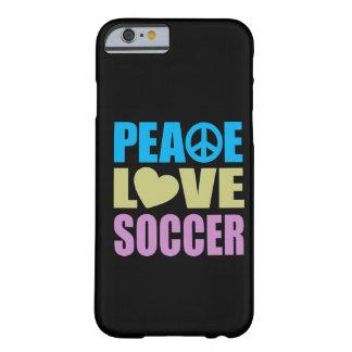 Fútbol del amor de la paz funda de iPhone 6 barely there