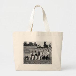 Fútbol del Cuerpo del Marines: 1923 Bolsa