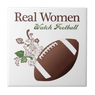 Fútbol del reloj de las mujeres reales azulejo cuadrado pequeño
