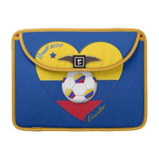 "Fútbol ""ECUADOR"". Ecuadorian National Team Soccer Funda Macbook Pro"