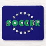 Fútbol en verde alfombrillas de raton
