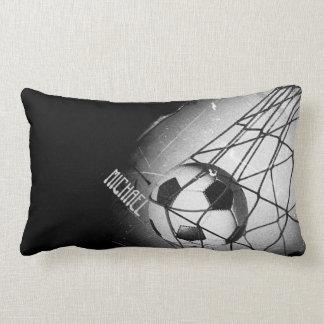 Fútbol fresco del Grunge del vintage en la meta Cojín