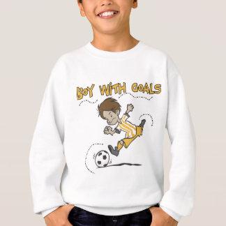 Fútbol - muchacho con las camisetas y los regalos