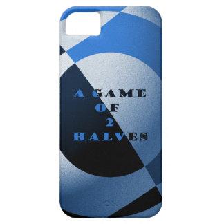 Fútbol oscuro y azul claro funda para iPhone 5 barely there