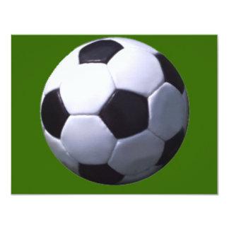 """Fútbol real del fútbol invitación 4.25"""" x 5.5"""""""