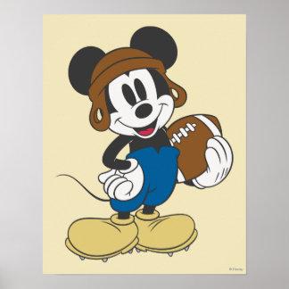 Futbolista de Mickey Mouse 3 Póster