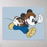 Futbolista de Mickey Mouse 4 Posters