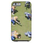Futbolistas que juegan a fútbol funda de iPhone 6 tough