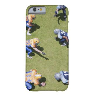 Futbolistas que juegan a fútbol funda barely there iPhone 6