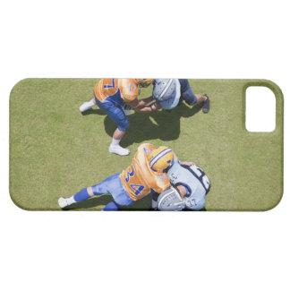 Futbolistas que juegan al fútbol 2 funda para iPhone SE/5/5s