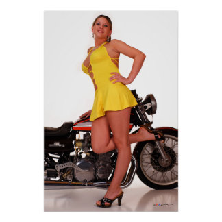 """G_7838 52x78 Cassie en eso """"poco vestido amarillo  Impresiones"""