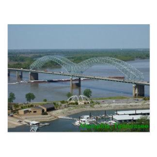 Gabarra en la postal del río Misisipi
