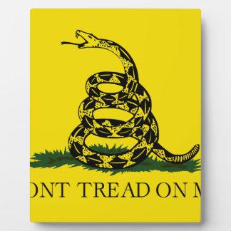 Gadsden Flag - Don't tread on me Plaque