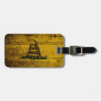 Gadsden Flag on Old Wood Grain Luggage Tag
