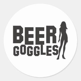 gafas de la cerveza pegatina redonda