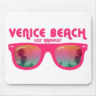 Gafas de sol de la playa de Venecia Mousepad