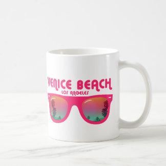 Gafas de sol de la playa de Venecia Taza De Café