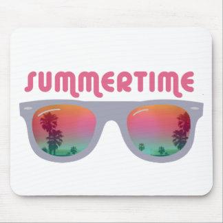 Gafas de sol del verano tapetes de ratón