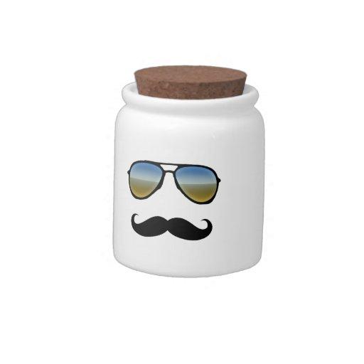 Gafas de sol retras divertidas con el bigote jarras para caramelos