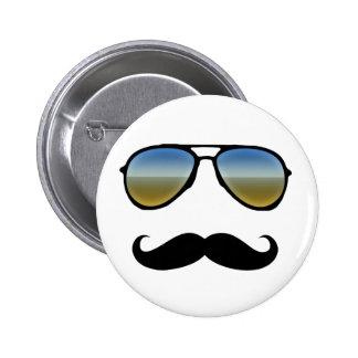 Gafas de sol retras divertidas con el bigote pin redondo de 2 pulgadas