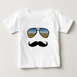 Gafas de sol retras divertidas con el bigote playeras