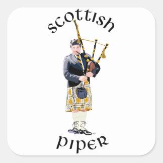 Gaitero escocés - tela escocesa del moreno pegatina cuadrada