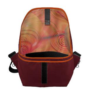 Galaxia ambarina anaranjada abstracta del fractal  bolsas de mensajería