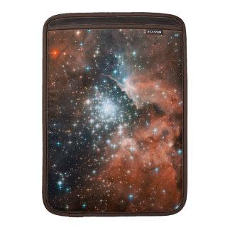 Galaxia de las nebulosas fundas para macbook air