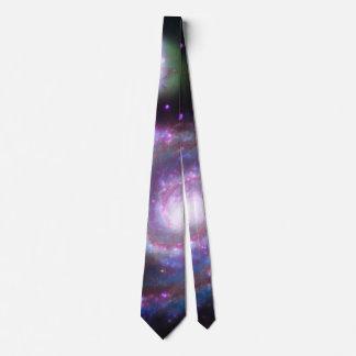Galaxia de M51 Whirlpool: Una belleza clásica Corbata Personalizada