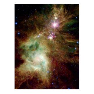 Galaxia del árbol de navidad postal
