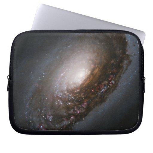 Galaxia del mal de ojo fundas computadoras