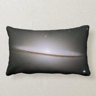 Galaxia del sombrero telescopio de Hubble Almohada