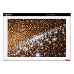 Galaxia en el oro - imagen del espacio de la NASA  Skins Para 43,2cm Portátil