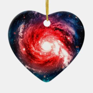 Galaxia espiral adorno navideño de cerámica en forma de corazón