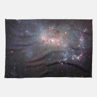 Galaxia irregular NGC 4449 Caldwell 21 Toalla De Mano