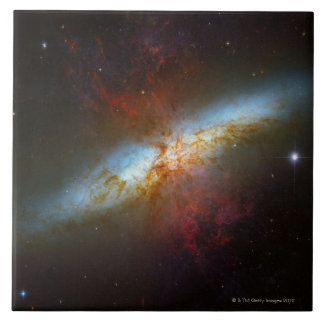Galaxia M82 de Starburst Azulejo Cuadrado Grande