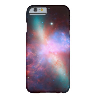 Galaxia M82 de Starburst Funda Para iPhone 6 Barely There