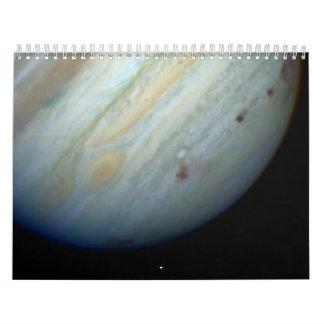 Galaxias alejadas y hecho fragmentos calendario