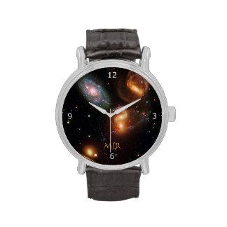 Galaxias de la estrella del espacio profundo del reloj