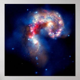 Galaxias de las antenas que chocan posters