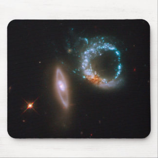 Galaxias del ARP 147 Alfombrilla De Raton