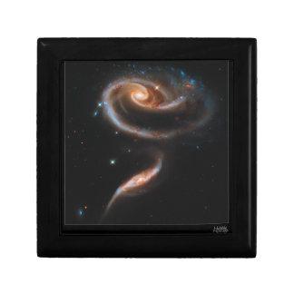 Galaxias que obran recíprocamente Arp 273 UGC 1810 Joyero Cuadrado Pequeño