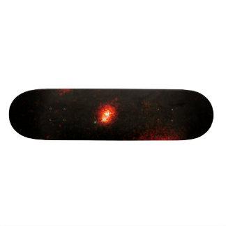 Galaxias que obran recíprocamente en un racimo monopatines personalizados