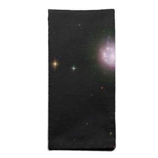 Galaxias que obran recíprocamente encendidas con servilletas