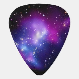 Galaxy Cluster MACS J0717 Guitar Pick