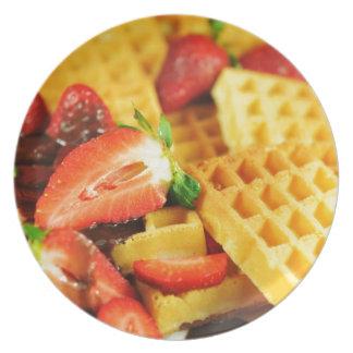 Galleta belga y fresas del chocolate plato de cena
