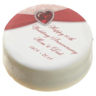 Galletas de Oreo de rubíes del aniversario de boda