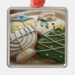 Galletas del navidad y de Jánuca en la placa, Adorno Navideño Cuadrado De Metal