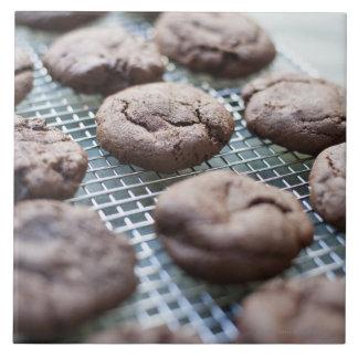 Galletas Gluten-libres recientemente cocidas del c Tejas Cerámicas