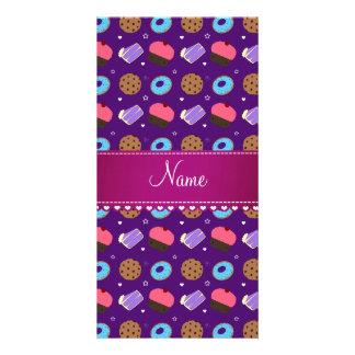 Galletas púrpuras conocidas de la torta de los tarjetas fotográficas personalizadas